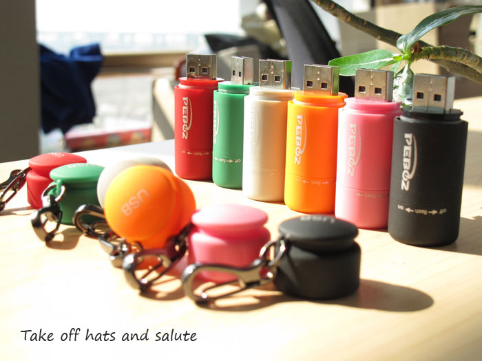 Lovely USB charging type mini flashlight Show the figure 1